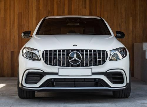 Mercedes-AMG GLC63 Coupe 2018, вид спереди