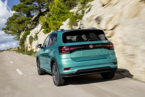 Volkswagen T-Cross 2019, вид сзади