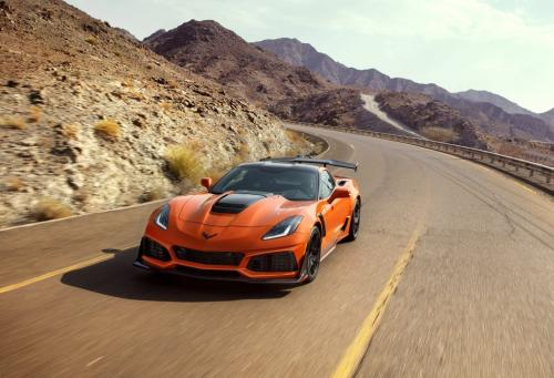 Дебютант Chevrolet Corvette ZR1: последний из могикан