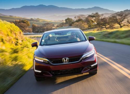 Дебютант Honda Clarity Fuel Cell: ставка — на водород