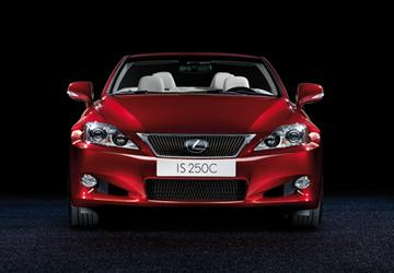 Lexus IS Convertible — кабриолет на все времена года. Премьера 2009