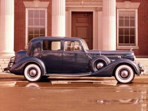 Packard Twevle Club Sedan, 1937 год